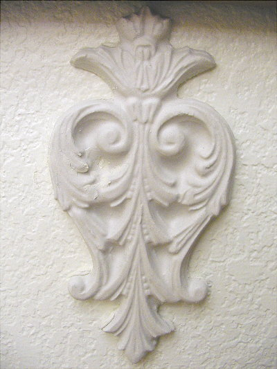 Plaster Mold Crowned Acanthus