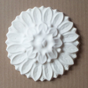 plaster-mold-leaf-medallion-4