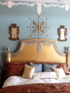Plaster Molds decorate walls and furniture
