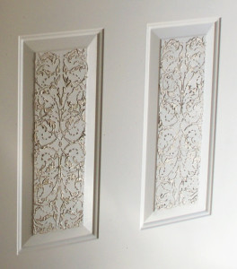 plaster_stenciled_door_close