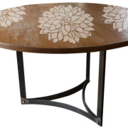 stencil_flower_table_7
