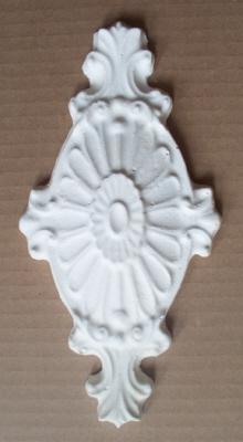 plaster-mold-floral-crest-4