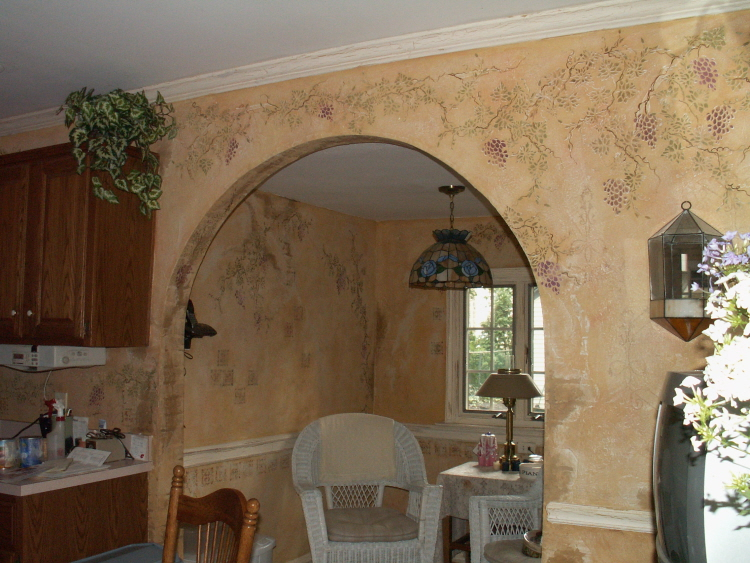 Plaster Stenciled Grapes Make A Beautiful Kitchen Walls