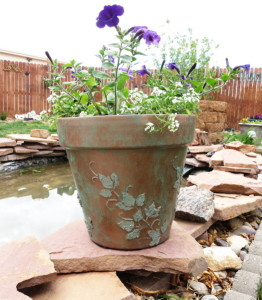 stenciled-pot-done-525