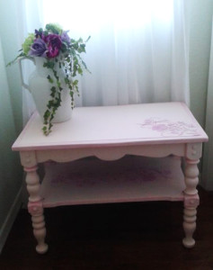 stenciled_table_2