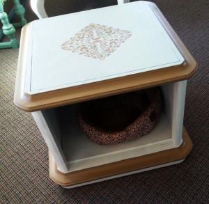 chris-saavedra-pet-table