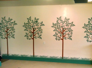 stenciled_garage_wall