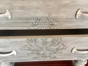 plaster_stencil_brassio_drawers