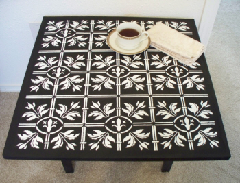 tile_stencil_fiore_table